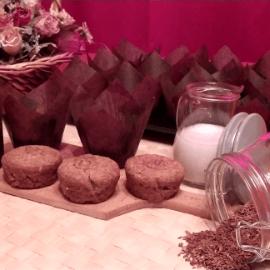 Vegán sós muffin díszesen tálalva